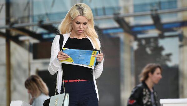 Девушка на фестивале-показе Каннские львы в Москве