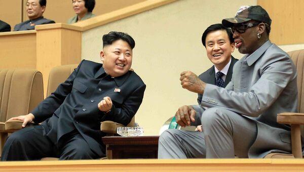 Баскетболист Деннис Родман и лидер КНДР Ким Чен Ын . Архивное фото