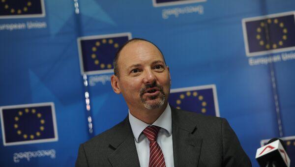 Cпецпосланник Евросоюза Роланд Кобиа. Архивное фото
