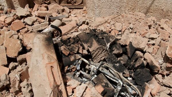 Обломки на месте взрыва террориста-смертника в Мекке. 23 июня 2017