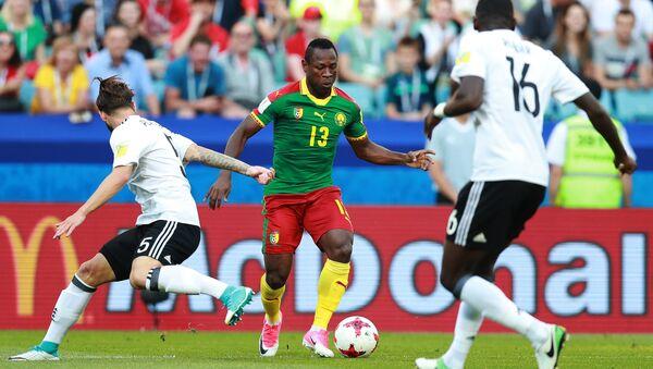 Кристиан Бассогог (Камерун) во время матча Кубка конфедераций-2017 по футболу между сборными Германии и Камеруна. 25 июня 2017