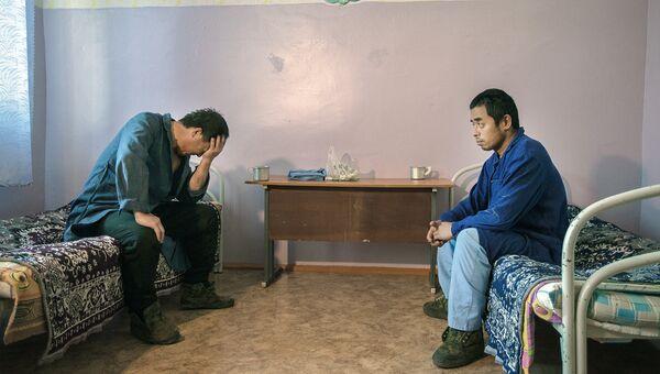 Нарушители визового режима РФ в специальном учреждении временного содержания. Архивное фото
