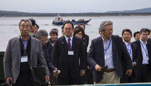 Бизнесмены из Японии на Курильских островах