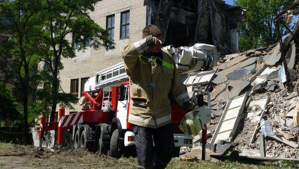Здание Донецкого национального университета экономики и торговли было повреждено в результате взрыва. 29 июня 2017