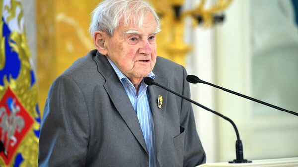 Писатель Даниил Гранин
