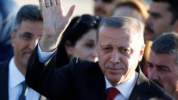 Президент Турции Реджеп Тайип Эрдоган в аэропорту Гамбурга