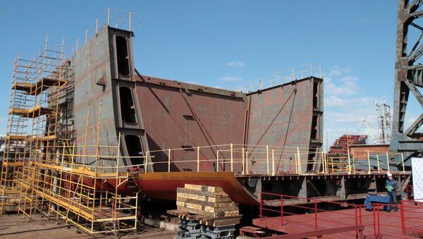 Закладка патрульного корабля арктического класса проекта 23550 Иван Папанин на Адмиралтейских верфях. Архивное фото