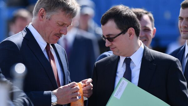 Пресс-секретарь президента РФ Дмитрий Песков на авиасалоне МАКС-2017