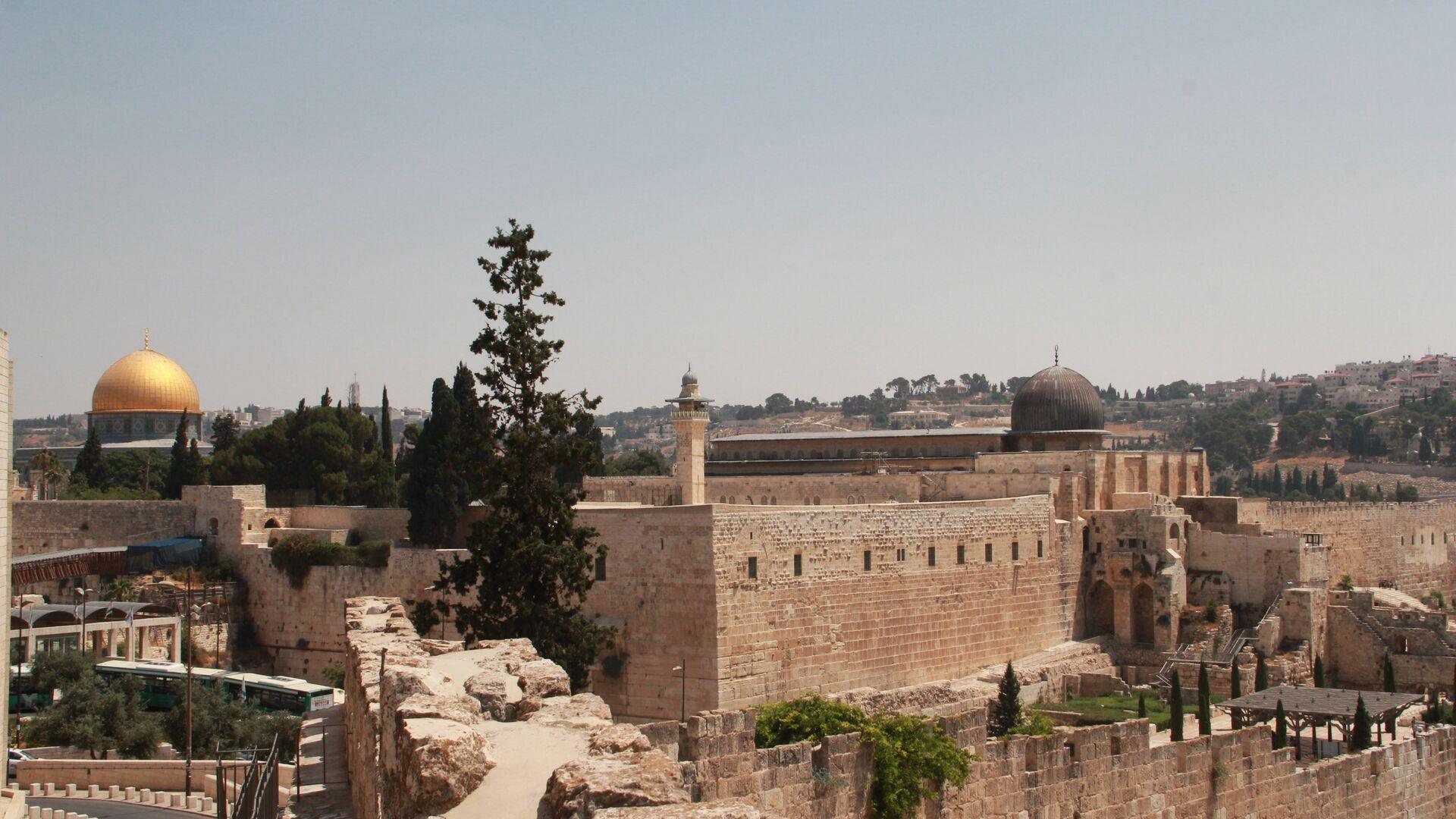 Мечеть Купол скалы и мечеть Аль-Акса на Храмовой горе в Иерусалиме - РИА Новости, 1920, 13.05.2021