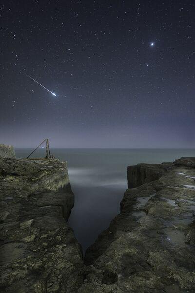 Работа фотографа Rob Bowes Shooting Star and Jupiter, вошедшая в шорт-лист Insight Astronomy Photographer of the Year 2017