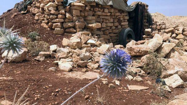 Место базирования террористов в горном районе Эрсаль на ливано-сирийской границе