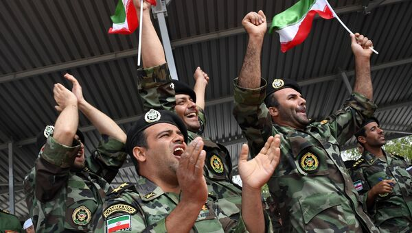 Болельщики команды армии Ирана. Архивное фото