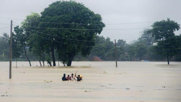 Во время наводнения. Архивное фото