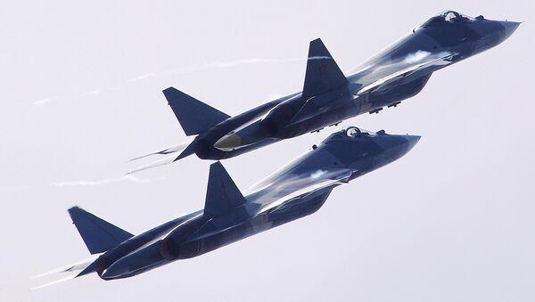 Российские многофункциональные истребители пятого поколения Т-50 на Международном авиационно-космическом салоне МАКС-2017