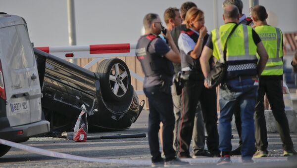На месте перехвата террористов полицией в Камбрильсе. 18 августа 2017