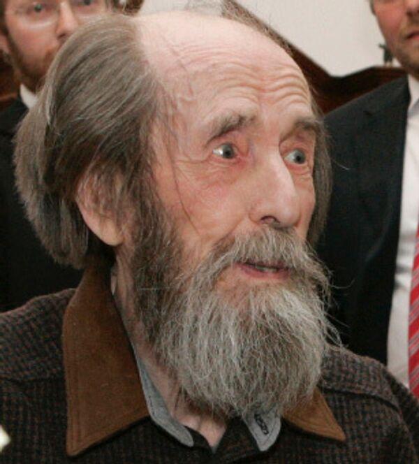 Писатель Александр Солженицын