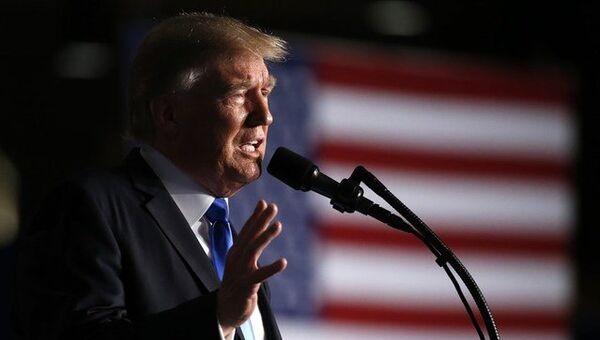 Президент США Дональд Трамп объявляет американским военнослужащим о новой политике страны во время войны в Афганистане. 21 августа 2017