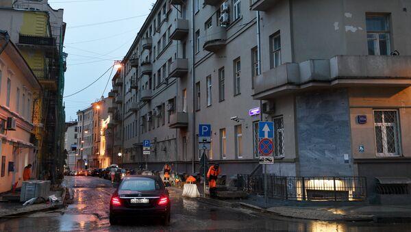Дом на улице Пречистенка в центре Москвы, где в своей квартире режиссер Кирилл Серебренников будет отбывать домашний арест. 23 августа 2017