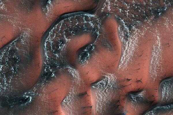 Снежные дюны на Марсе