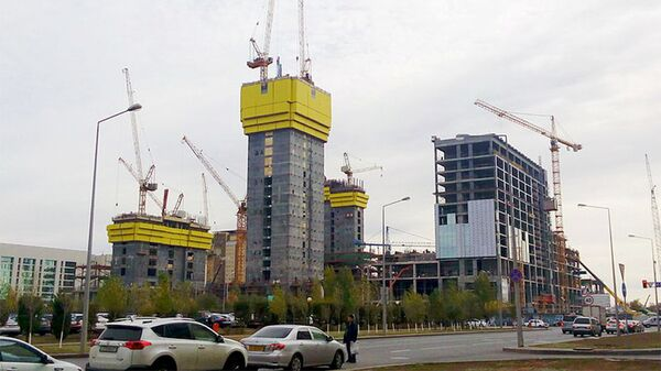Возведение здания Абу-Даби Плаза в Астане, Казахстан
