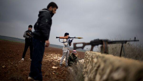 Боевики из вооруженной оппозиции Свободная сирийская армия