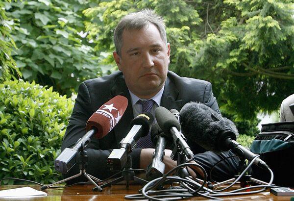 Постоянный представитель России при НАТО Дмитрий Рогозин