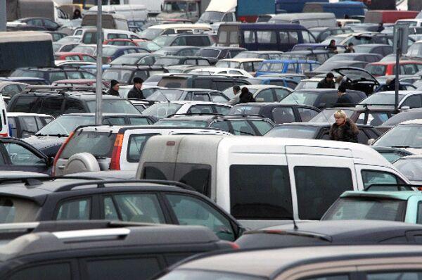 Автомобильные парковки. Архив