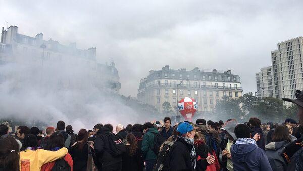 Акция протеста против реформы трудового законодательства в Париже. 12 сентября 2017
