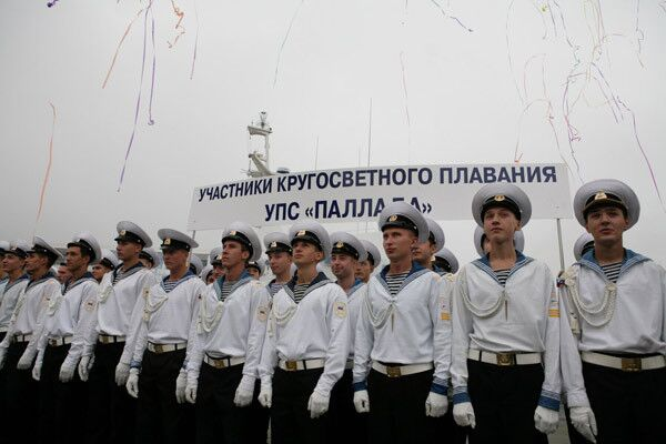 Парусник Паллада, завершив кругосветку, вернулся во Владивосток