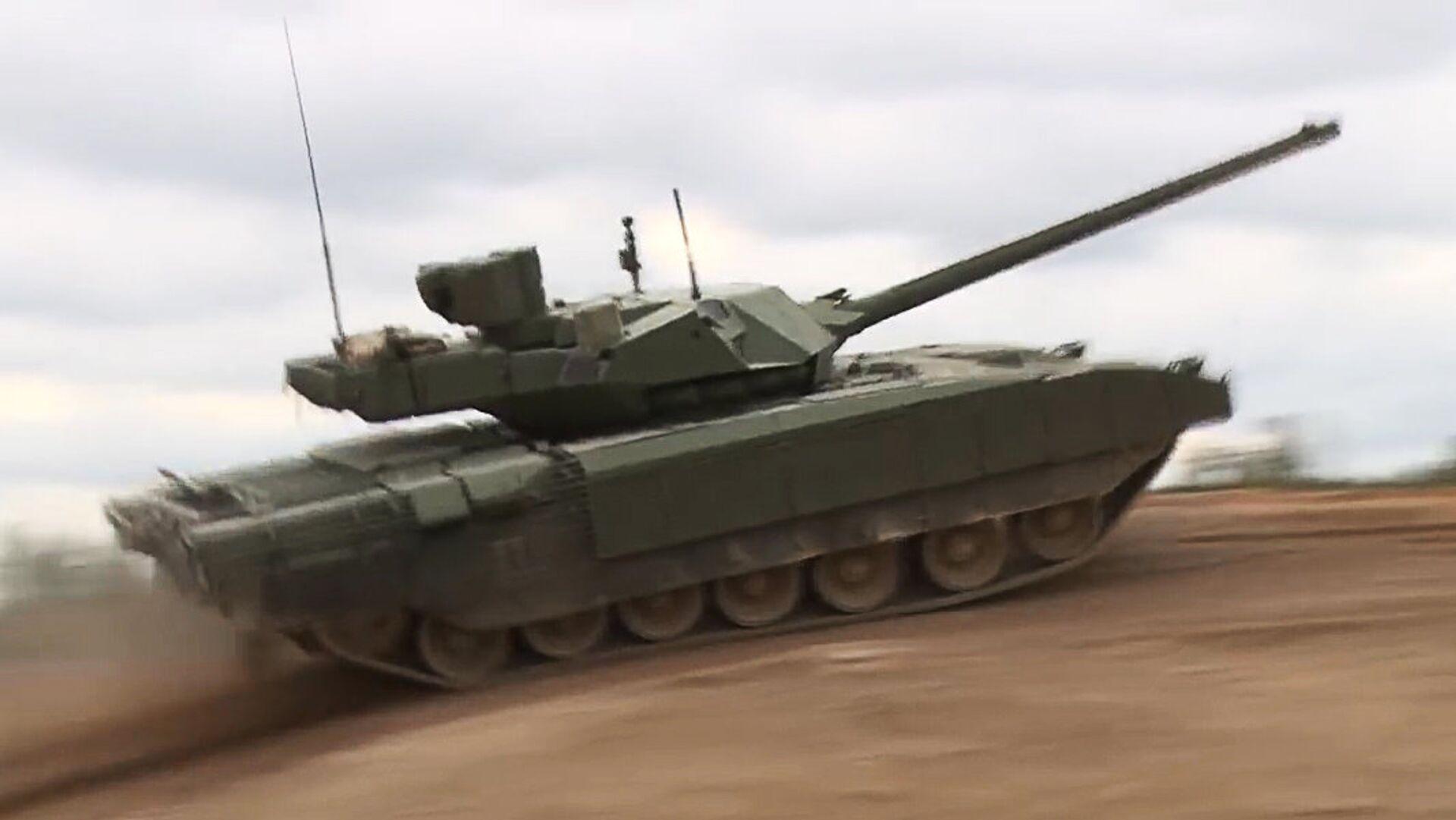 """Серийные поставки танка """"Армата"""" в российскую армию начнутся в 2022 году"""