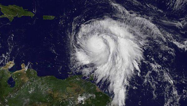 Ураган Мария над западной Атлантикой. Снимок из космоса. 18 сентября 2017