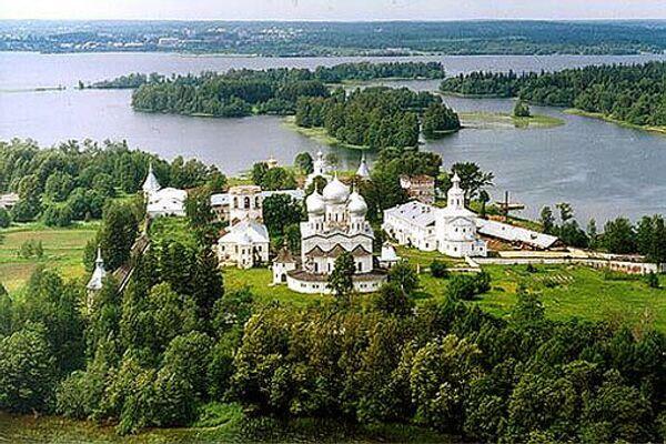 Иверский монастырь в Новгородской области