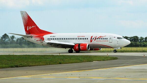 Самолёт Boeing 737-500 авиакомпании ВИМ-Авиа. Архивное фото