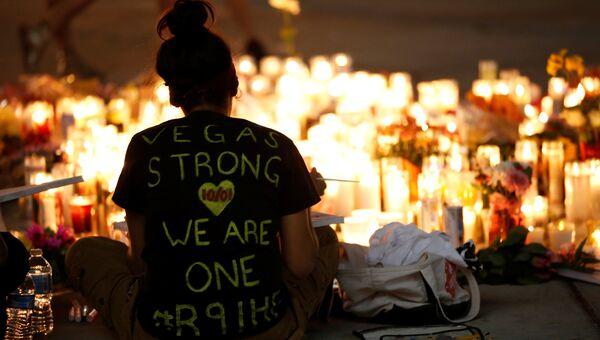 Траурные мероприятия в память о погибших во время стрельбы на музыкальном фестивале в Лас-Вегасе. 2 октября 2017