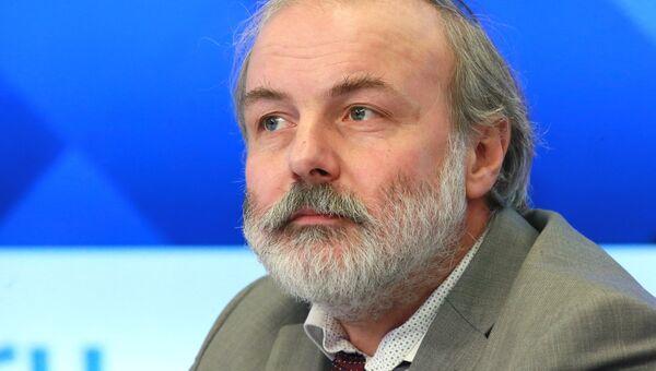 Директор Московского центра непрерывного математического образования Иван Ященко на пресс-конференции, в рамках которой представлены лучшие школы России 2017
