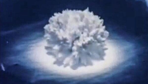 Султан высотой 520 м взрыва Hardtack Wahoo 9 кт на глубине 150 м