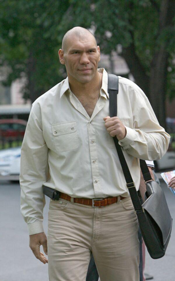 Боксер Николай Валуев