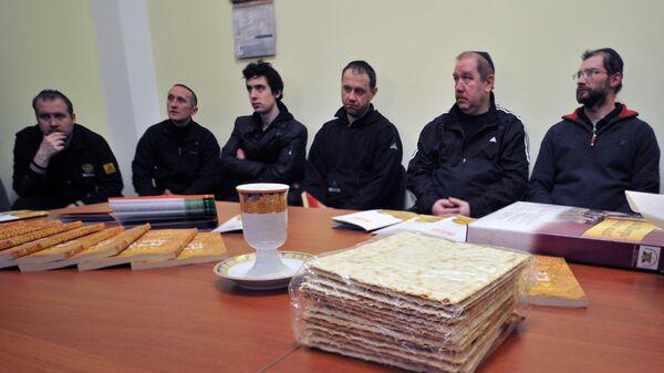 Подготовка к празднованию Песаха в синагоге при Бутырской тюрьме