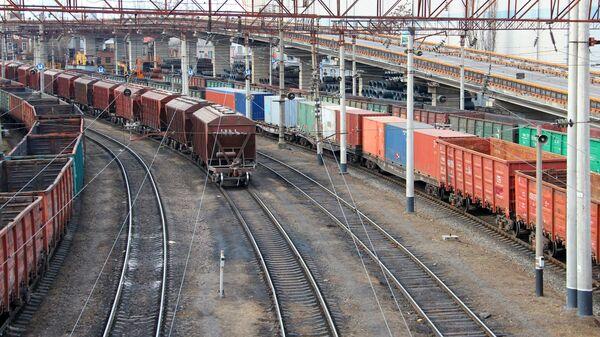 Товарные вагоны в Одесском порту