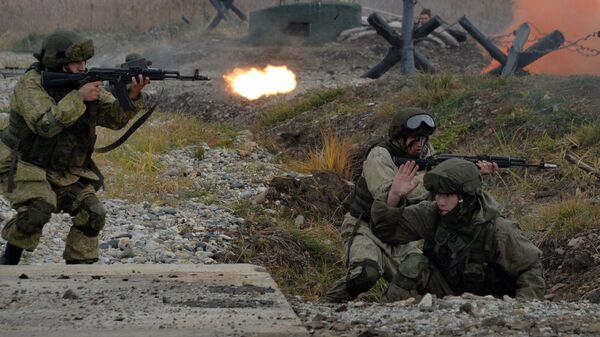 Морские пехотинцы Тихоокеанского флота РФ во время учений Индра