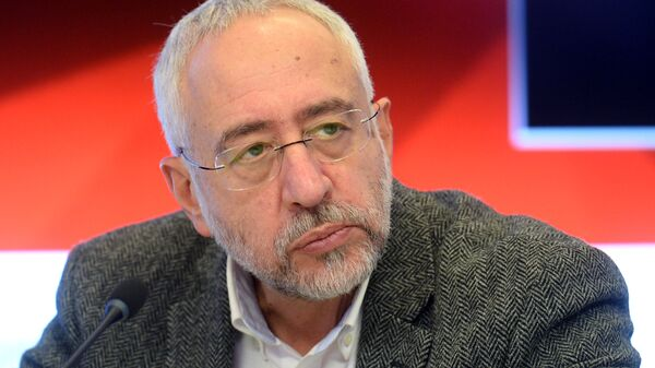 Председатель комиссии Общественной палаты РФ по межнациональным отношениям Николай Сванидзе
