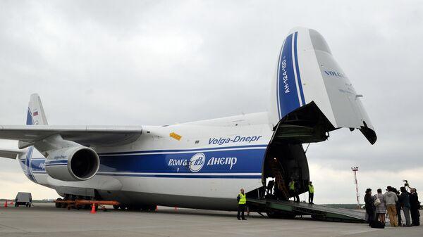 Самолет Ан-124-100 Руслан авиакомпании Волга-Днепр