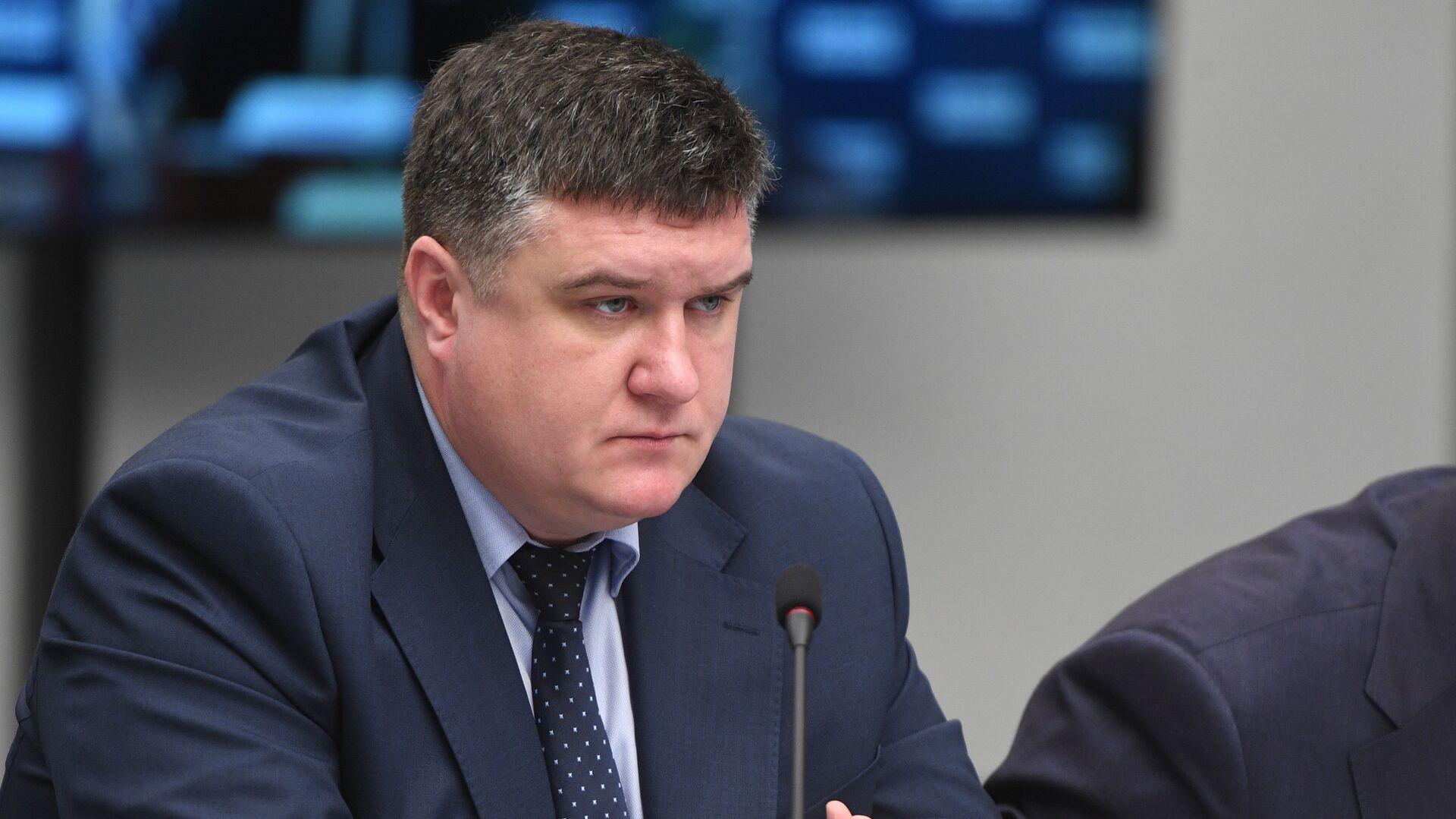 """Глава исполкома """"Единой России"""" зарегистрировался на праймериз"""