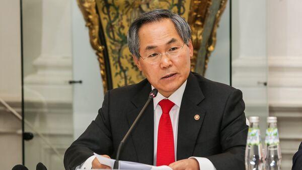 Посол Республики Южная Корея У Юн Гын