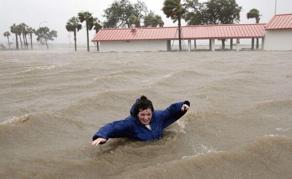 Ураган Густав обрушился на американское побережье