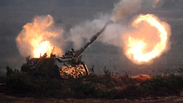 Самоходная артиллерийская установка (САУ) Мста-С. Архивное фото