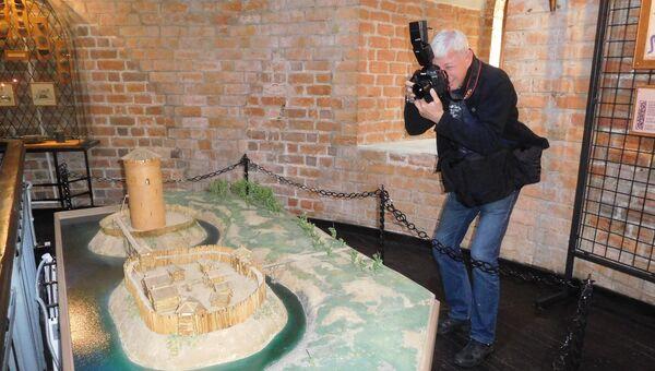 Макет Каменецкой башни в древности