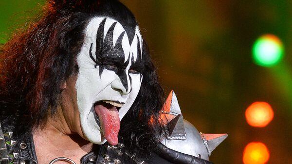 Солист группы Kiss Джин Симмонс