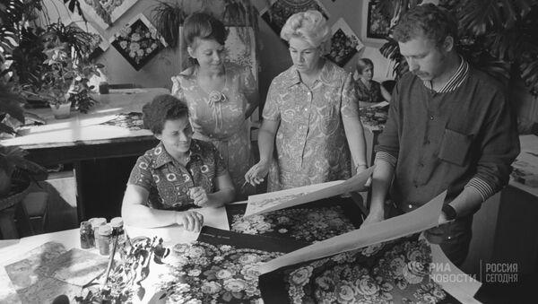 Московское производственное платочное объединение. Павловский Посад, Московская область, 1973