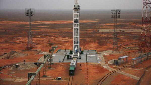 Ракета-носитель Зенит-3М с разгонным блоком Фрегат-СБ на стартовой площадке космодрома Байконур